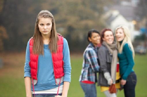 Laut Statistik erkranken neumal mehr Jungen an Autismus als Mädchen. Grund war angeblich eine genetische Veranlagung. Eine neue Studie zeigt, dass es ganz andere Gründe geben könnte...